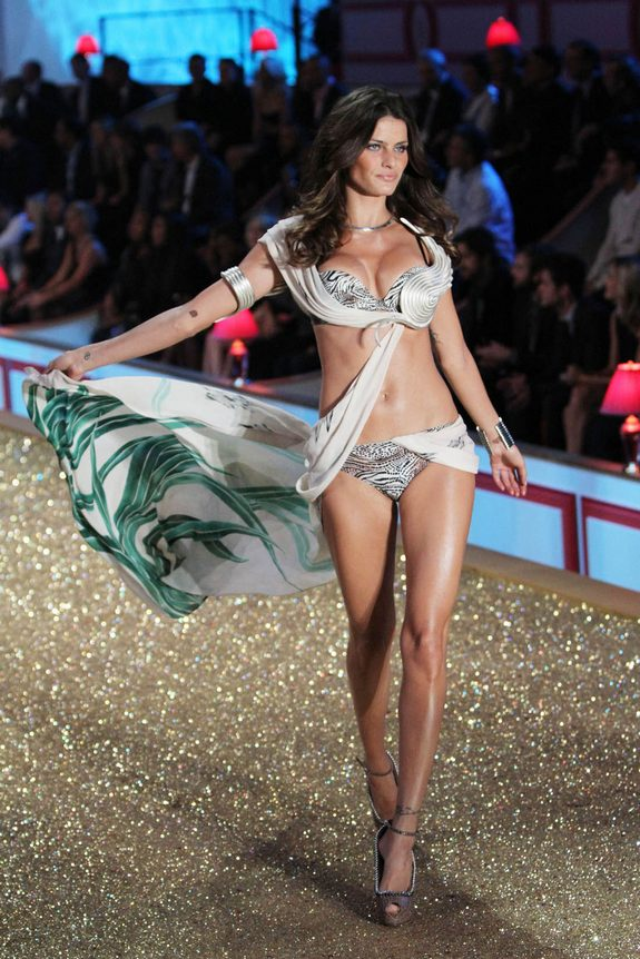 victorias secret fashion show 13 in Attractive Models from Victorias Secret Fashion Shows