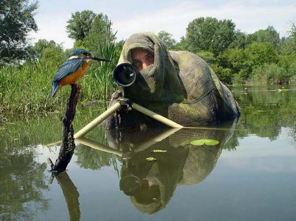 funny photographers 15 in 36 Photographers That Would Do Everything to Get That Photo Right