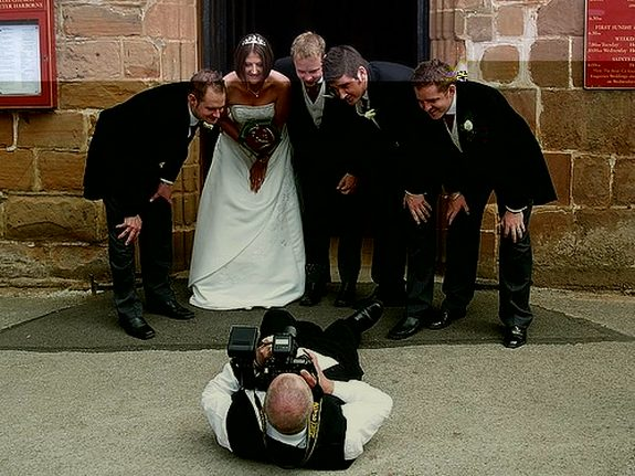 funny photographers 31 in 36 Photographers That Would Do Everything to Get That Photo Right