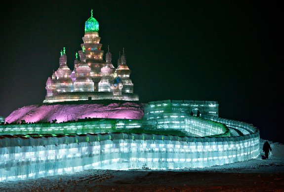 harbin ice festival 01 in Harbin Ice and Snow Sculpture Festival