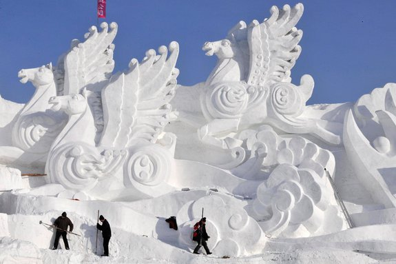 harbin ice festival 02 in Harbin Ice and Snow Sculpture Festival