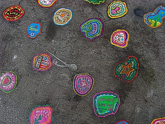 chewing gum artist 04 in London`s chewing gum artist   Ben Wilson