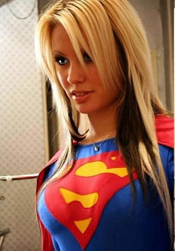 famous as super girls 26 in Famous Beauties as Super Girls