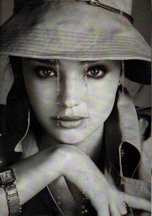 miranda kerr in 3d 07 in Steven Meisel Shoots Miranda Kerr in 3D