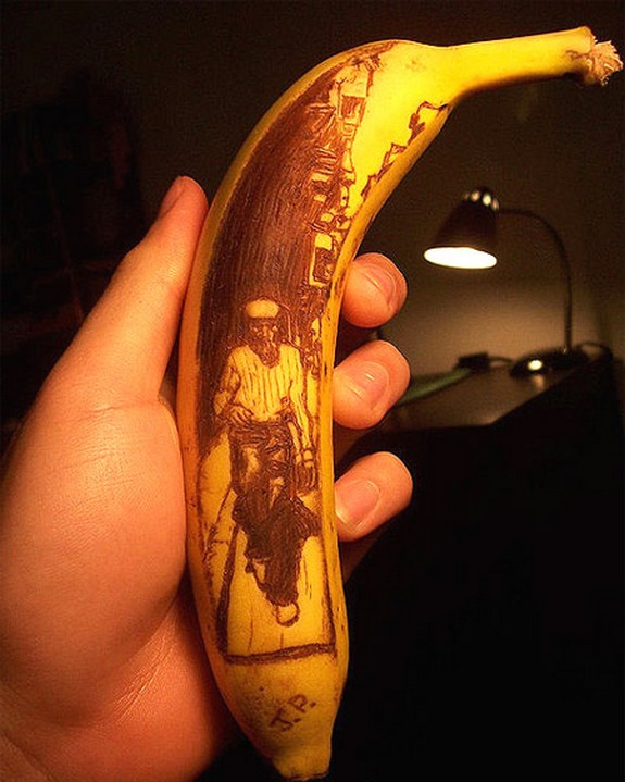 banana art 02 in Banana Drawings: Creative Way of Creating Masterpieces of Art on Vegetables