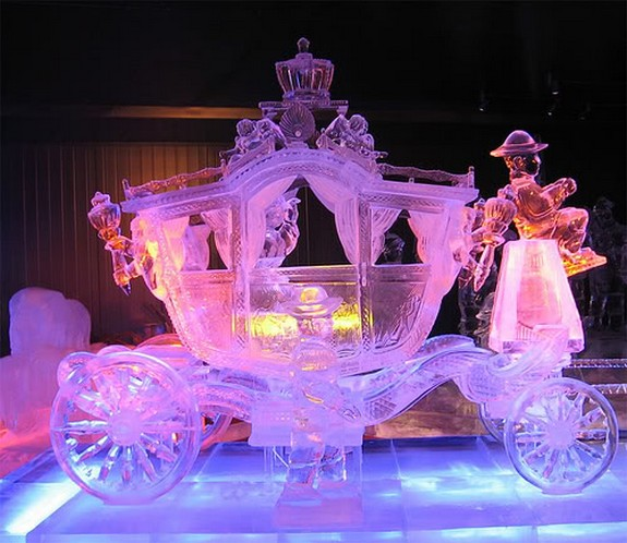 captivating ice sculptures beyond your imagination 05 in Top 10 Most Imaginative Ice Sculptures