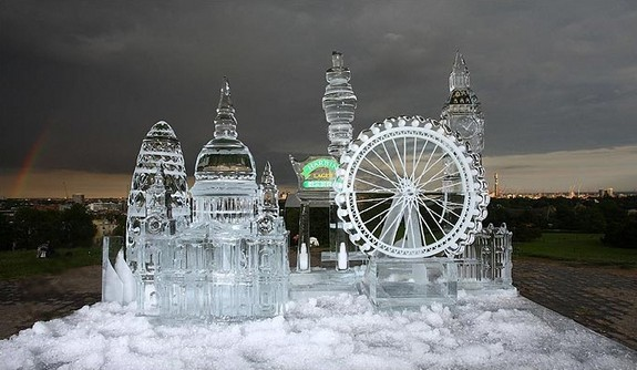 captivating ice sculptures beyond your imagination 06 in Top 10 Most Imaginative Ice Sculptures