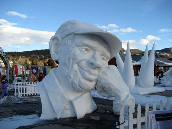 captivating ice sculptures beyond your imagination 09 in Top 10 Most Imaginative Ice Sculptures