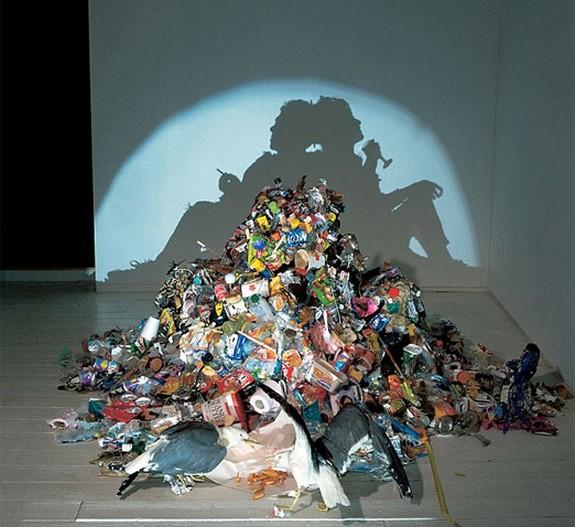 stunning works fukuda 01 in Shadow Sculpting Illusions: Stunning Works of Fukuda