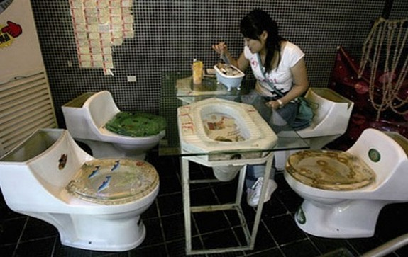 a toilet restaurant 01 in A Toilet Restaurant