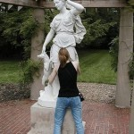 people-playing-with-statues-05