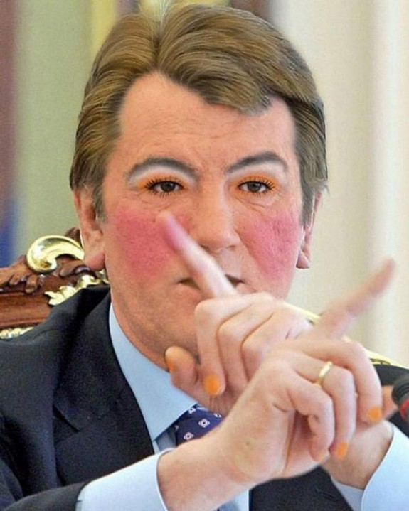 politicians with makeup 17 in 17 Wacky Photos of Politicians With Makeup