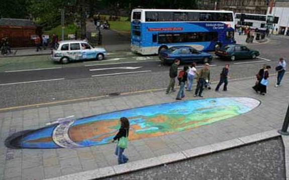 amazing art 10 in 3D Street Art on the Pavements Around the World