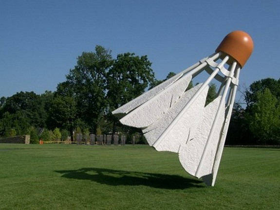 giant sculptures 03 in Giant Sculptures by Claes Oldenburg
