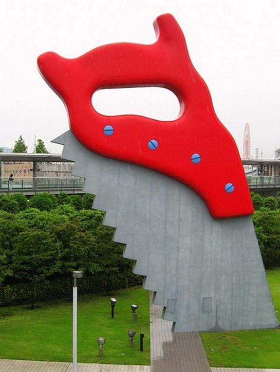 giant sculptures 10 in Giant Sculptures by Claes Oldenburg