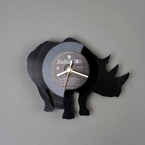 vinyl clocks 04 in Top 8 Awesome Vinyl Clocks