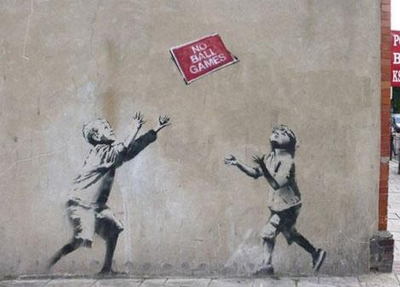 top 10 beautiful street art 03 in Top 10 Beautiful Street Art by Banksy