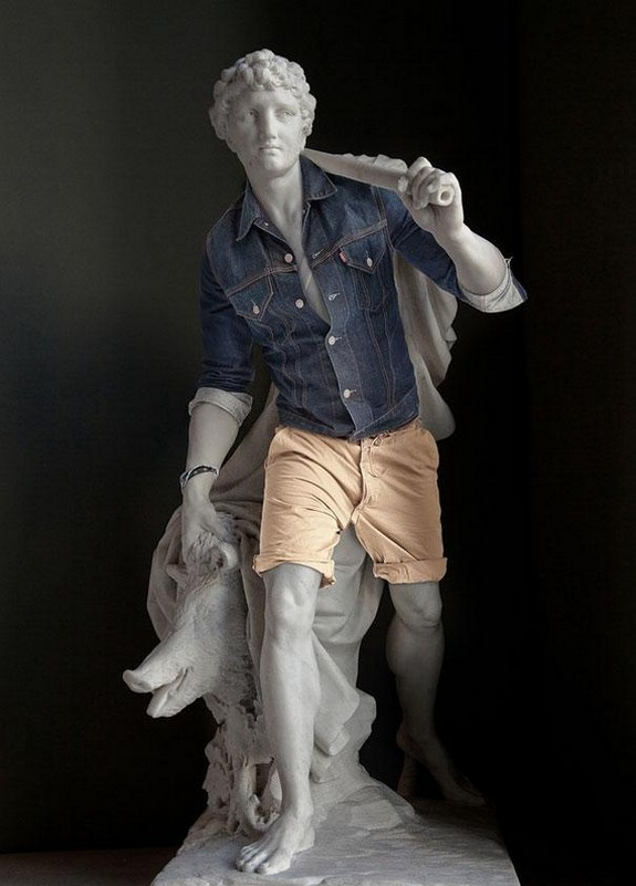 classic sculptures dressed in modern outfits 03 in When Classic Sculptures Meet Todays World