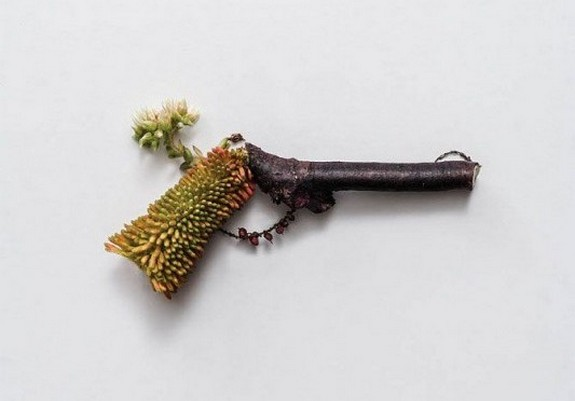 shootout by harmless plants 03 in Safe, Eco Friendly and Decorative Weapons